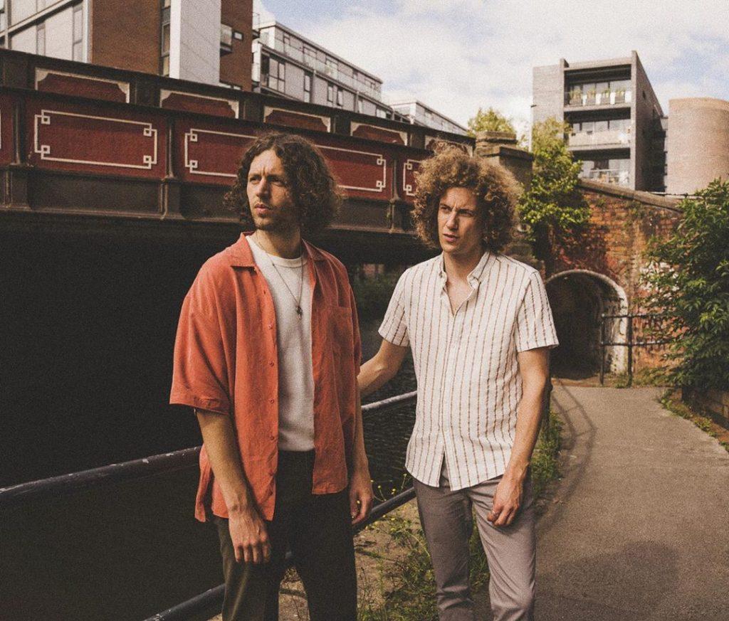 Glass Caves : On écrit des chansons pour amener les gens aux concerts