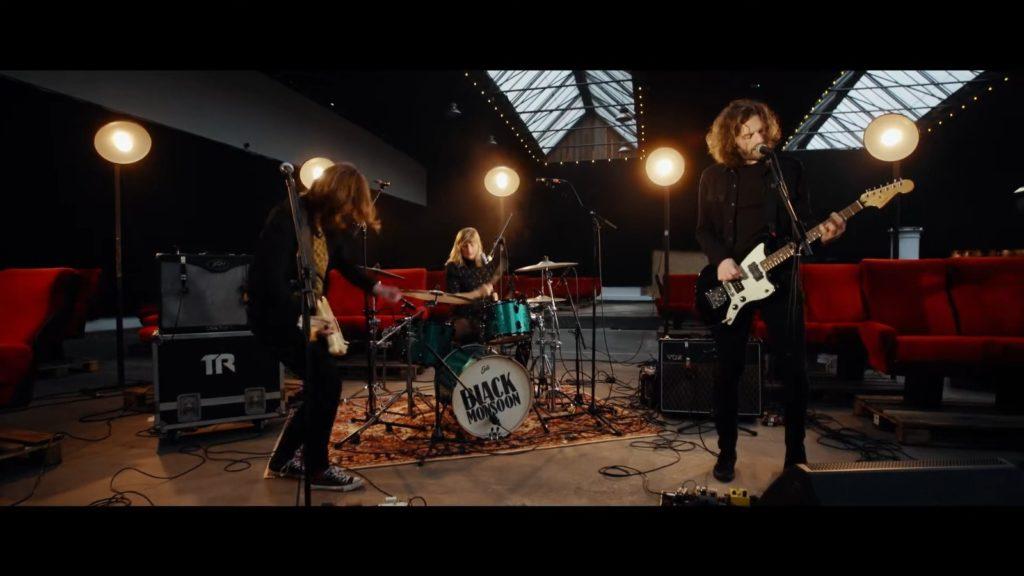 Black Monsoon : Tournée vidéo partie 2 avec le single Pantomime